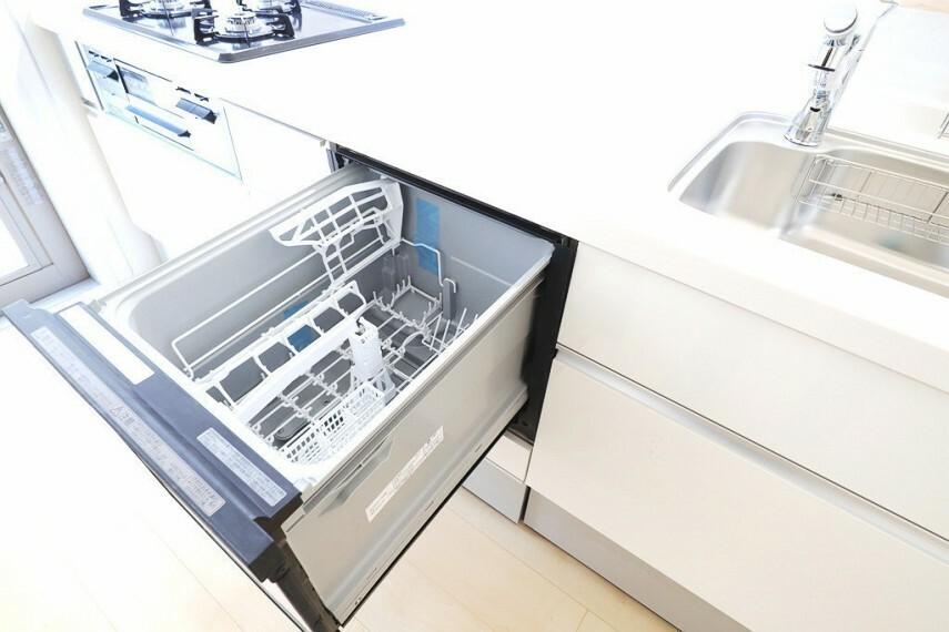 食器洗浄乾燥機 同仕様 キッチンには嬉しい食洗機付き  家事がはかどりそうです