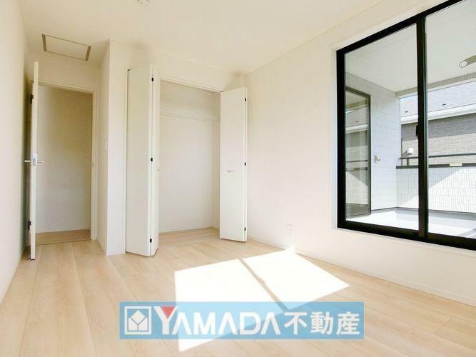洋室6.5帖のお部屋です。間取り図2階の中央のお部屋です。