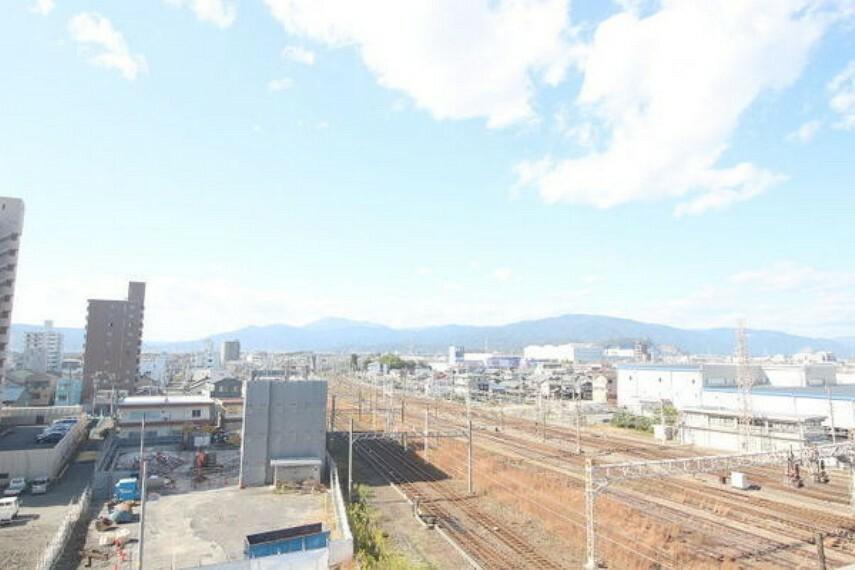 眺望 10階からの爽やかな街並み