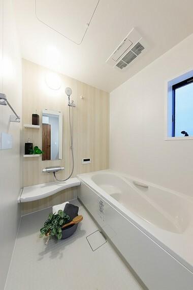 浴室 モデルハウス1号棟/浴室  雨の日に洗濯干しもできる、浴室暖房乾燥機付。広々として浴室で毎日の疲れを癒せます。(※2021年2月撮影)