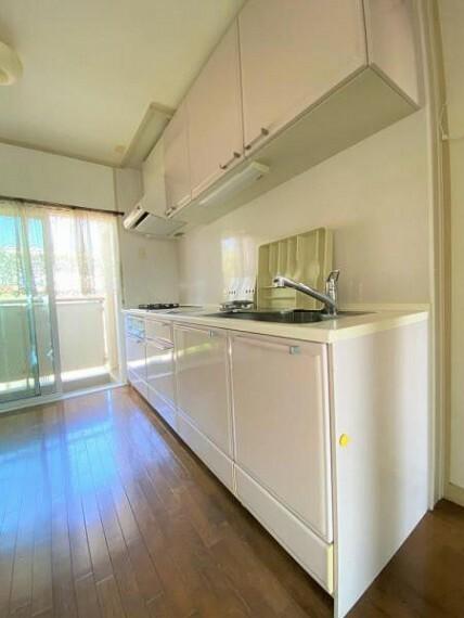 キッチン システムキッチン 吊戸棚付き