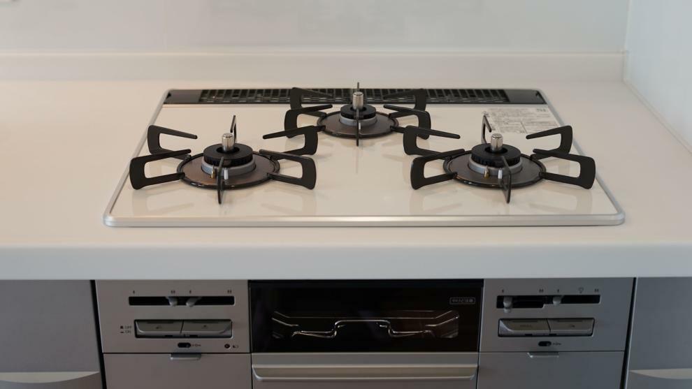 キッチン 3つ口ガスコンロ