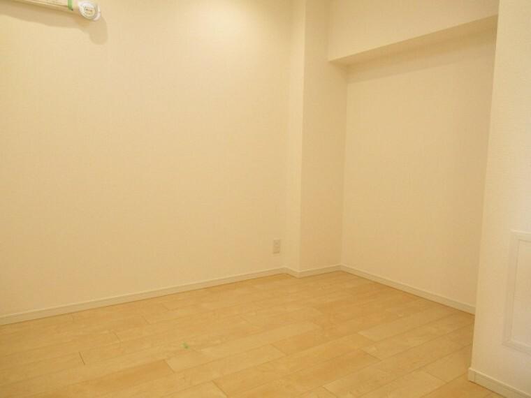 洋室 子供部屋にちょうど良さそうなお部屋です! 子供だって自分の部屋が欲しいですもんね!