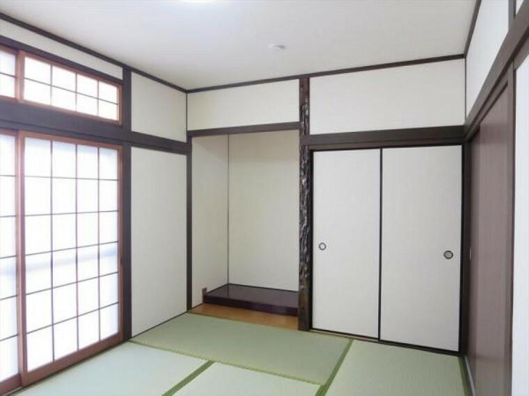 【リフォーム済】1階和室6畳は天井・壁クロスの貼替と畳の表替えを行いました。お家に和室があると落ち着きますね。