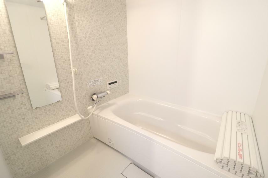 浴室 1616タイプの大きな浴室