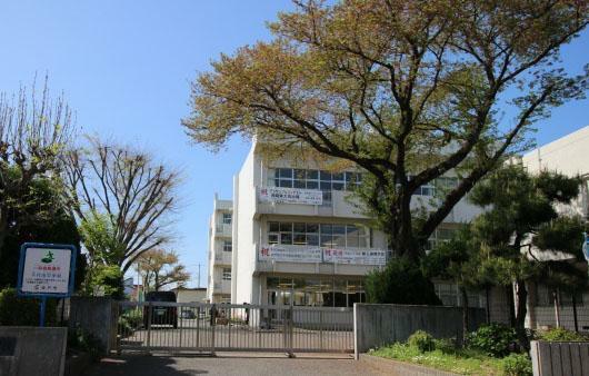 中学校 千代田中学校(800m)