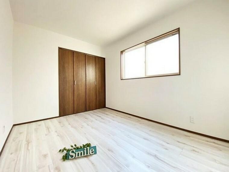 洋室 子供部屋にもピッタリな収納付き6.0洋室