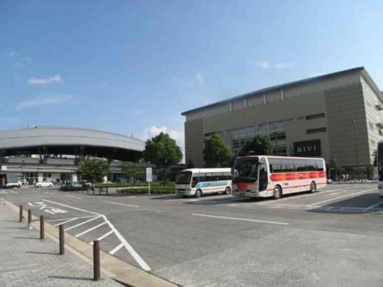 二条駅(JR 山陰本線) 京都駅まで2駅 乗車約6分。地下鉄東西線も利用可能です。