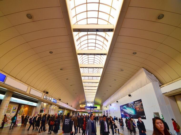 川崎駅(JR東海道線・京浜東北線・南武線が利用可能なターミナル駅。都内へも横浜へもアクセス良好です。)