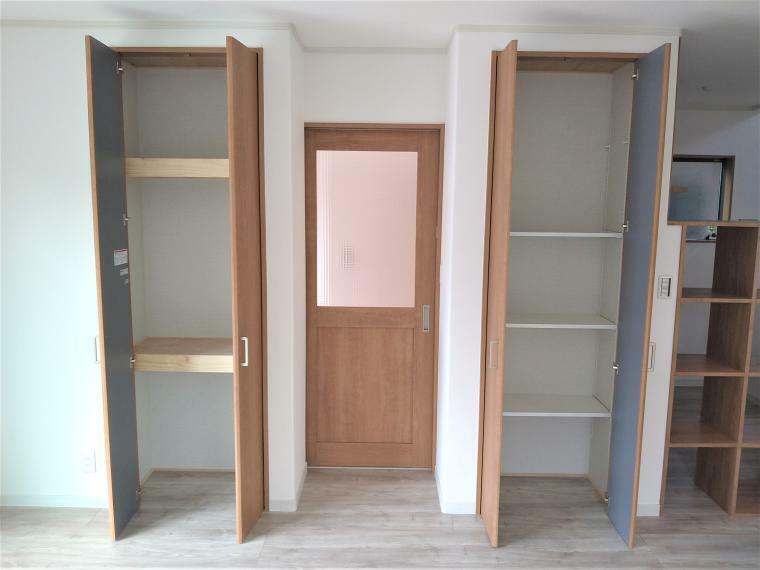 完成予想図(外観) LDKにはたっぷりの収納スペースをご用意しております。一部は可動棚になっておりますので、用途に合わせて便利に高さ調節が可能です。