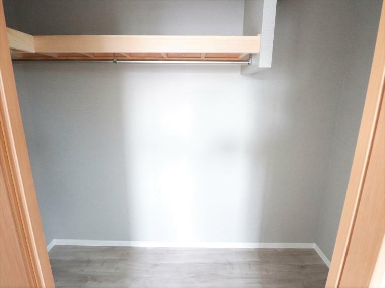収納 寝室としてお使い頂けるお部屋には、WIC収納がございます。