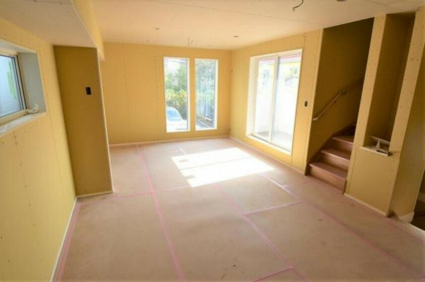 居間・リビング 視界が開けており開放感があります