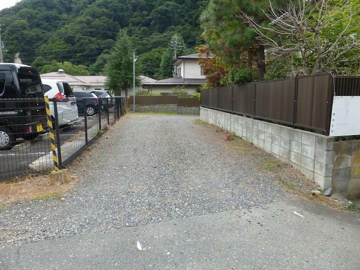 現況写真 市道から位置指定道路への入口