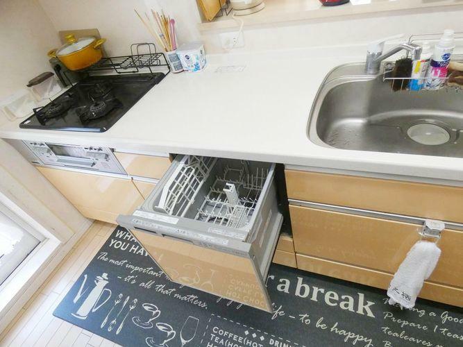 キッチン 食洗機付きです。