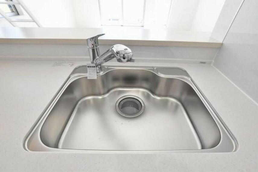 キッチン 浄水機能付きシンク!毎日の後片付けに便利です!