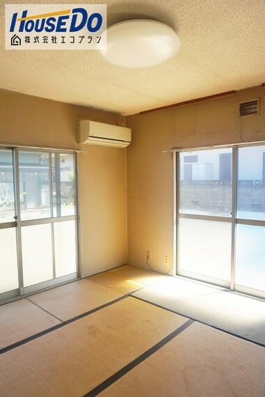 和室 1階の8帖の和室は急な来客時にも柔軟に対応してくれますね  ダイニングとつなげてリビングとして使用しても良いですね!