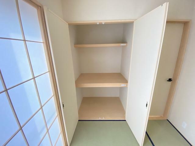和室 リビング隣にはなごみの和室スペースがあります 客間としても利用でできますね
