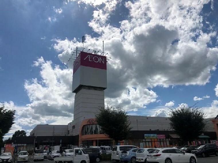 イオン栃木店・・・食品売り場は7:00~23:00の営業です。足銀、栃木信用金庫、イオン銀行のATMもあるのでお買い物しながら入金や引き出しができます。
