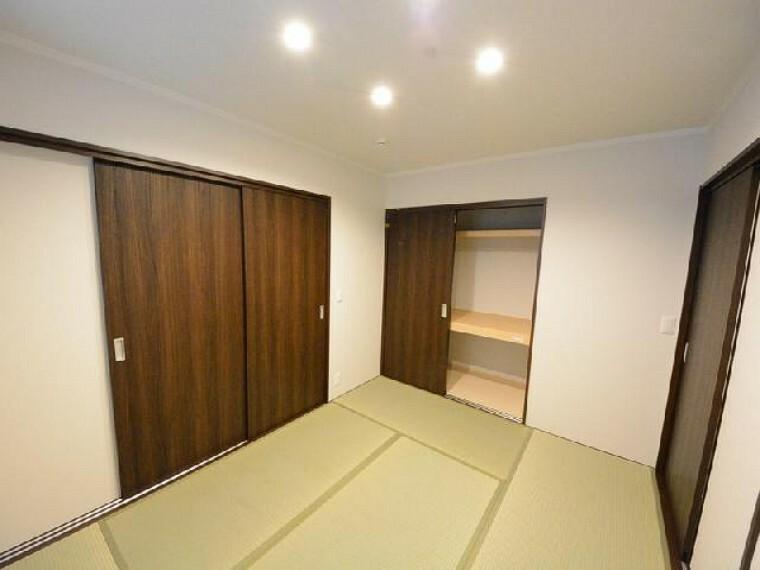 栃木市箱森B号棟和室・・・お子様の節句飾りや、お客様のお部屋として使うことができます。