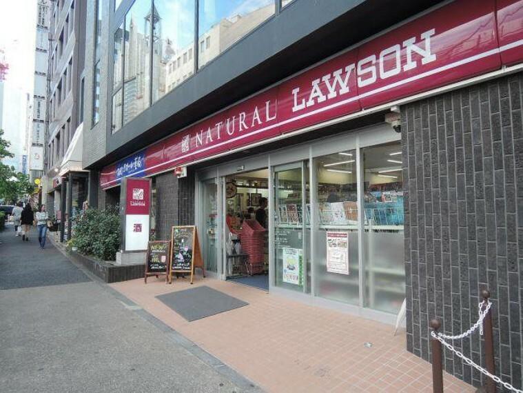 コンビニ 【コンビニエンスストア】ローソンMFPR渋谷店まで429m
