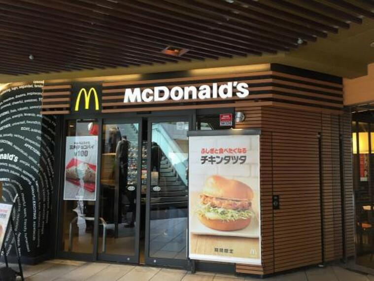 【ファーストフード】マクドナルド 南青山店まで702m