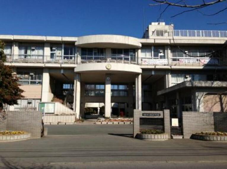 中学校 【中学校】鴻巣市立赤見台中学校まで889m
