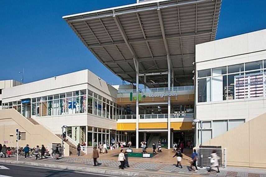 ショッピングセンター ララガーデン春日部 徒歩14分(約1100m)