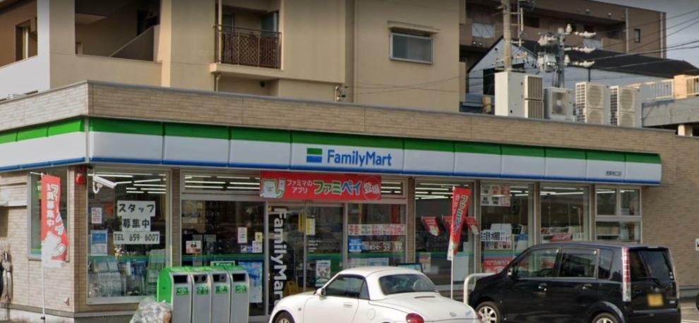 コンビニ ファミリーマート 港築地口店 愛知県名古屋市港区名港1丁目1-24