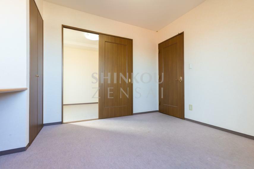 洋室 洋室2 約4.5帖