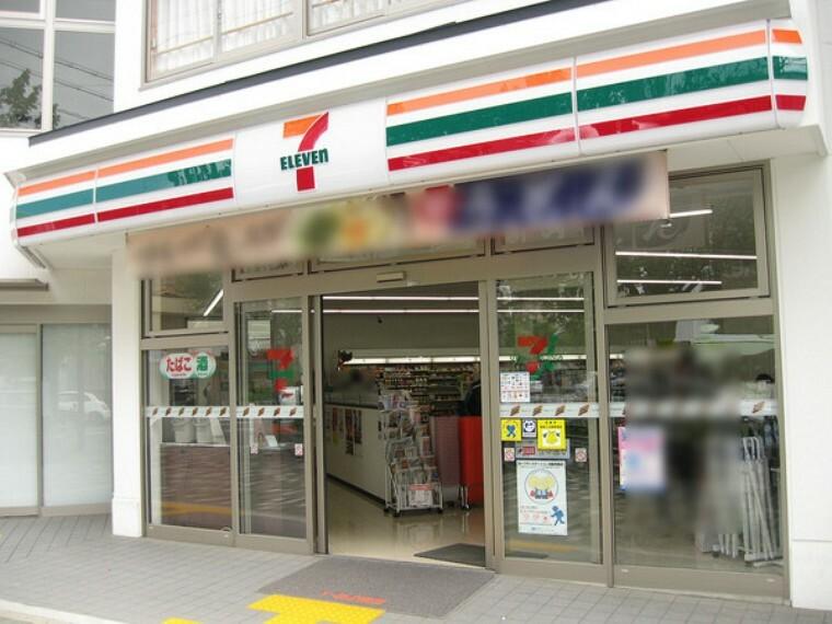 コンビニ セブンイレブン京都千本今出川店