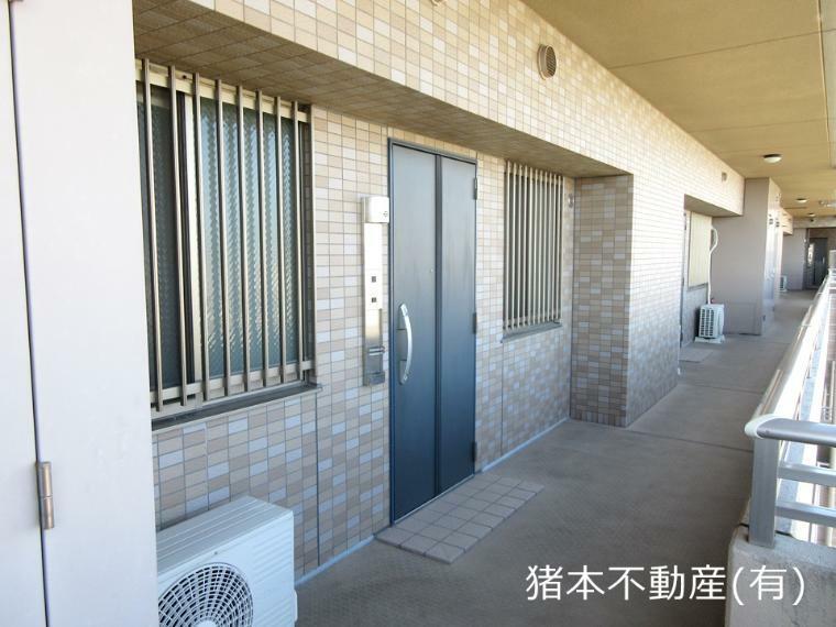 玄関 玄関、廊下