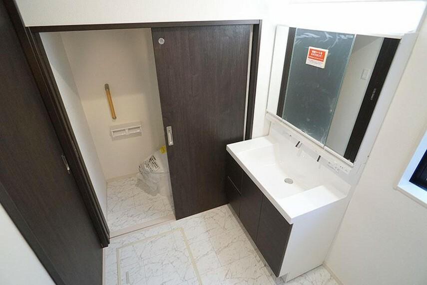 洗面化粧台 ~washroom~ 上質な洗面空間がゆとりの時間を演出