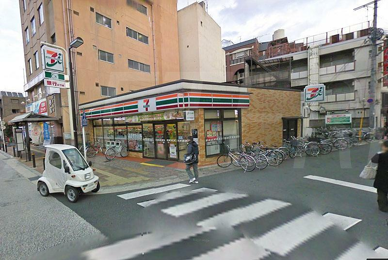 コンビニ セブンイレブン京都桂駅東口店