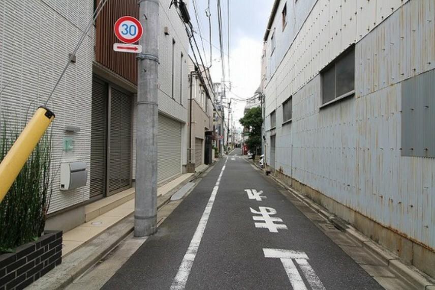現況写真 前面道路含む現地写真(14時頃撮影)