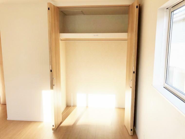 洋室 大容量のクローゼット