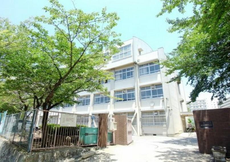 中学校 【中学校】神陵台中学校まで974m