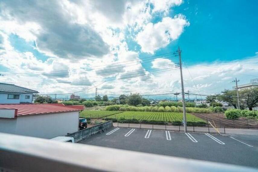 眺望 開放感ある大きな邸宅からの眺望はとても素晴らしいです。