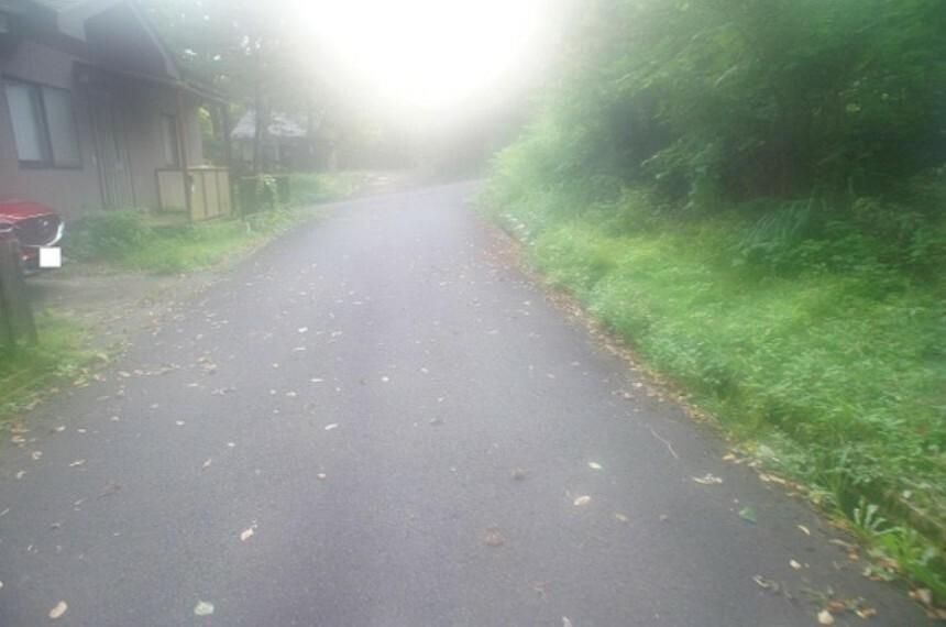 現況写真 南東側前面道路です。