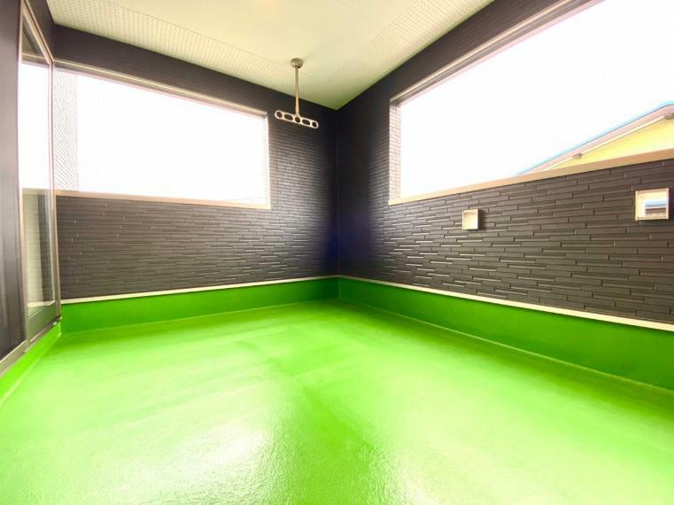 バルコニー 約6帖のスペースのあるインナーバルコニーは利便性も高く、急な雨でもお洗濯物が安心です。