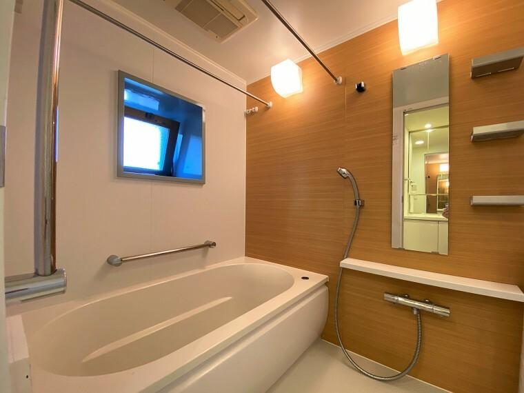 浴室 窓があり風通し良好です。
