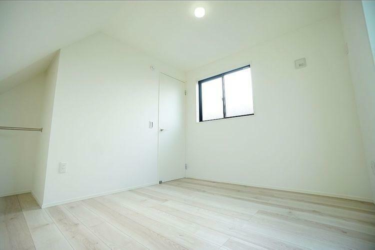 納戸をF含め4つのお部屋があり、大人4人でもゆったりと生活できる広さがあります。