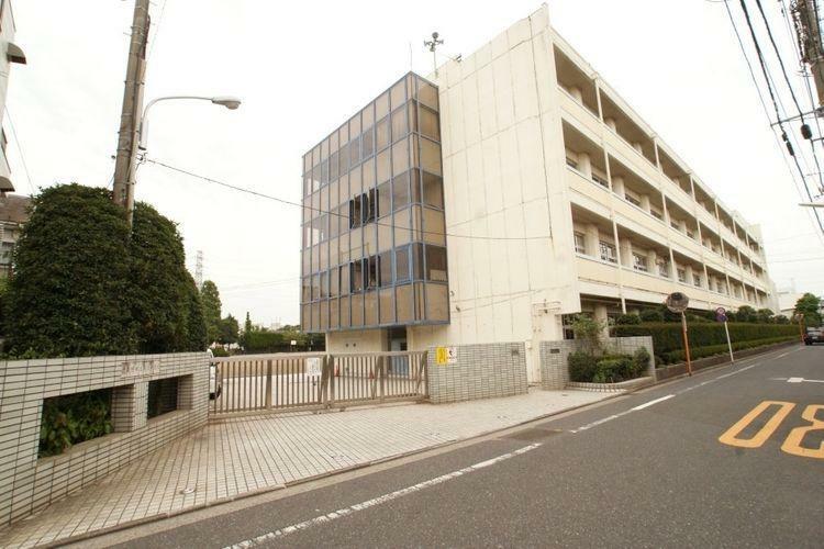 中学校 武蔵野市立第三中学校 徒歩11分。