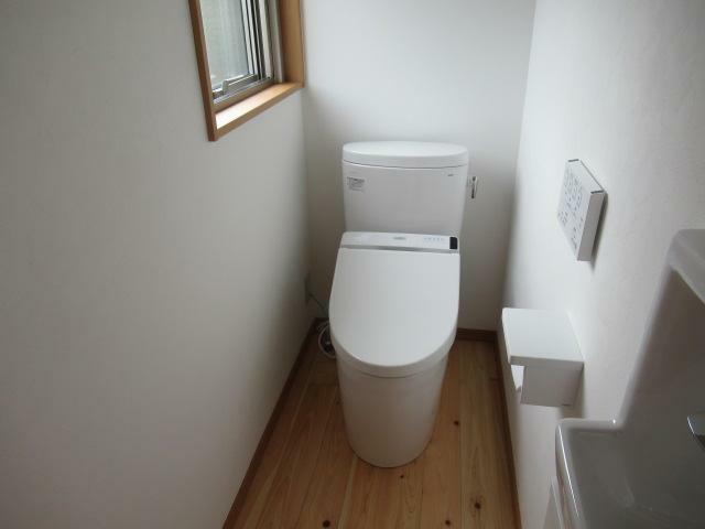 トイレ 温水洗浄便座のトイレです