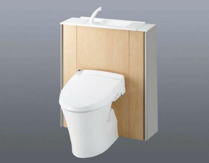 トイレ (トイレ)キャビネットの中に配線や便器ブラシをしまって生活感を無くしました!