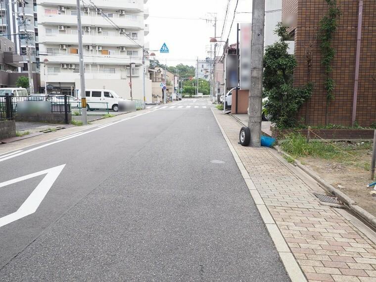 外観・現況 前面道路 幅員 8.62m 両方向通行