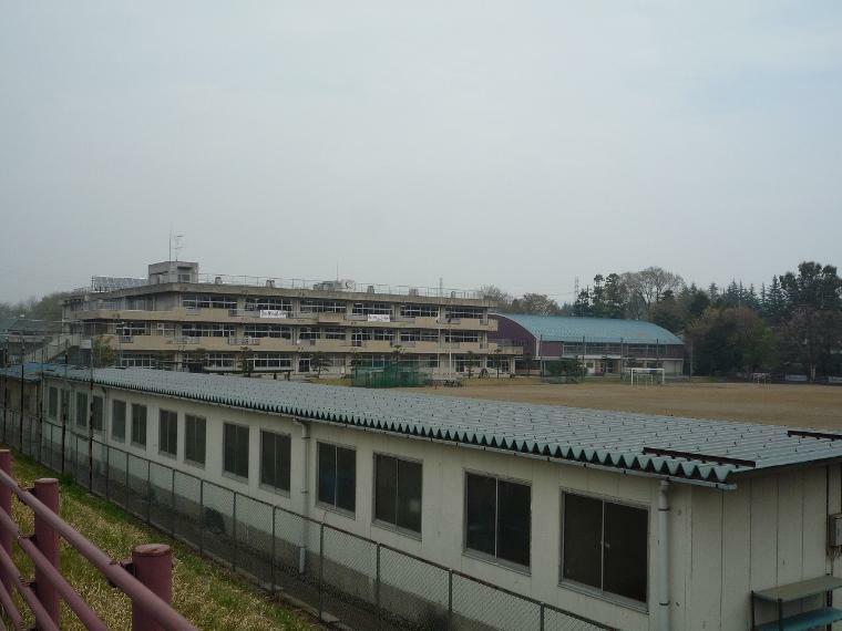 中学校 小山中学校