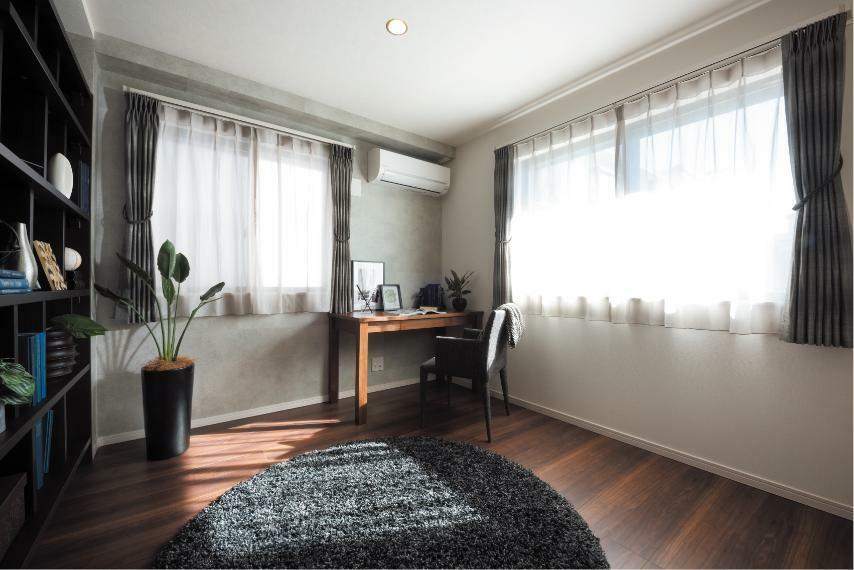 同仕様写真(内観) 収納豊富な居室は、住まう人のライフスタイルに合わせた空間に。※レーベンプラッツ一之江(2020年5月分譲済)