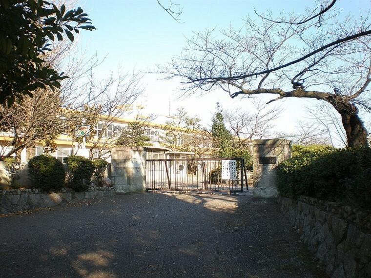 小学校 篠岡小学校