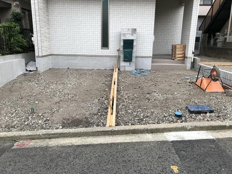 駐車場 毎日の車通勤でも安心、カースペース付です。