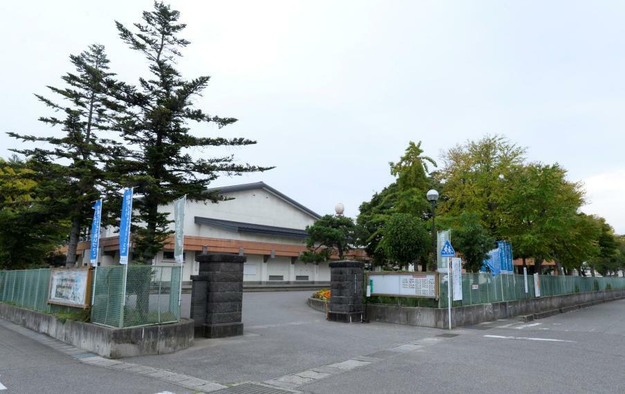 中学校 会津若松市立第四中学校